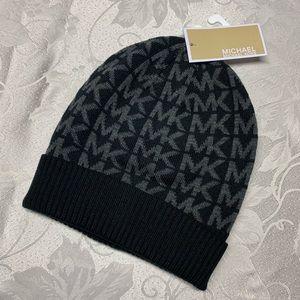 Michael KORS NWT LOGO Hat Black & Grey Beanie